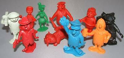 THE FLINTSTONES : 10 plastic figures circa 1970's