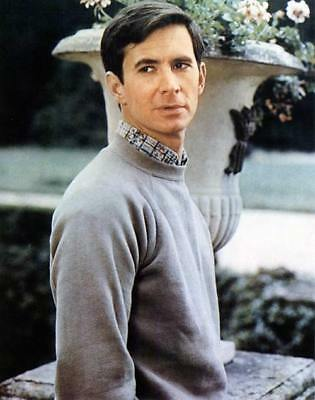 ANTHONY PERKINS 8X10 PHOTO lovely image 280228