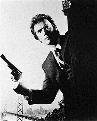 Clint Eastwood As Insp. 'dirty' Harry Callah 8X10 Photo