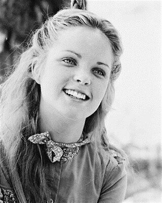 Melissa S Anderson As Mary Ingalls Kendall   8X10 Photo