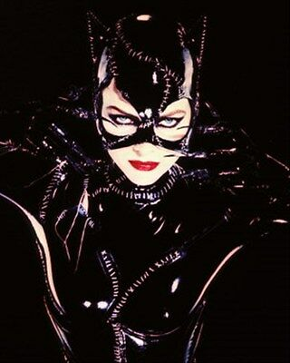 Michelle Pfeiffer As Catwoman/selina Kyle Fr 8X10 Photo