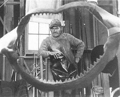 Robert Shaw As Quint From Jaws 8X10 Photo