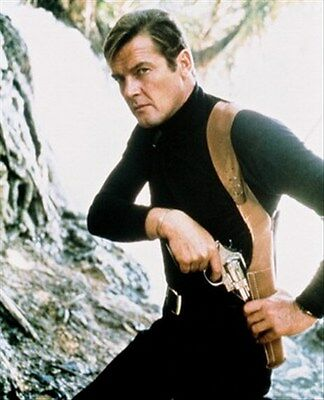 Roger Moore 8X10 Photo