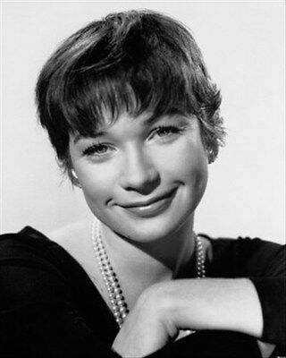 Shirley Maclaine As Fran Kubelik From The Ap 8X10 Photo
