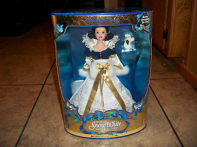 MATTEL DISNEY--SNOW WHITE--HOLIDAY PRINCESS DOLL (NEW)