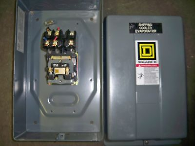 Square D Lighting contactor 8903-L030 w/ enclosure 120v