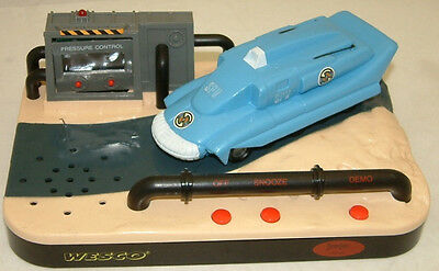Captain Scarlet : Spectrum Pursuit Vehicle Alarm Clock Made By Wesco In 1993