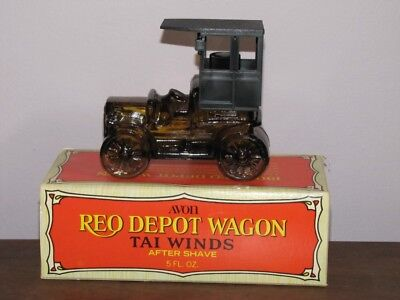 VINTAGE AVON RED DEPOT WAGON TAI WINDS AFTER SHAVE NIB