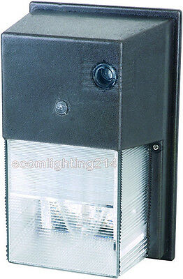 50 Watt High Pressure Sodium 120V/60Hz wall pack with Photo Cell UL Listed