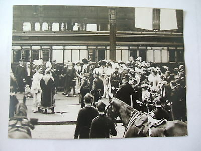 vintage press photograph of lord kitcheners home coming