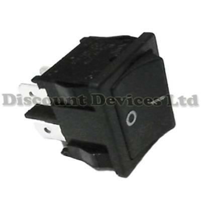 Rocker Switch 4p DPST 2 circuits 10A 250VAC 22x19mm