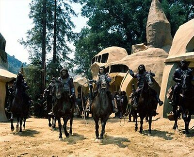 PLANET OF THE APES 8x10 Photo stellar image 259124