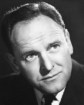 BERNARD LEE 8x10 Photo nice pic 179718
