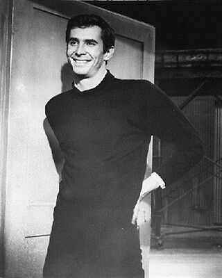 ANTHONY PERKINS AS NORMAN BATES FROM PSYCHO 8x10 Photo stellar image 171269