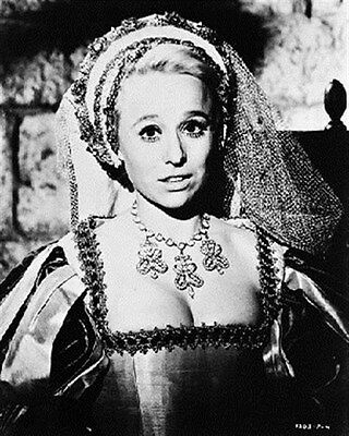 BARBARA WINDSOR AS BETTINA FROM CARRY ON HEN 8x10 Photo