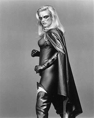 ALICIA SILVERSTONE AS BATGIRL FROM BATMAN &  8x10 Photo