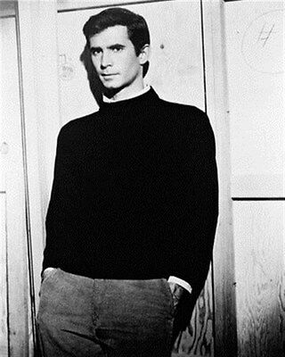 ANTHONY PERKINS AS NORMAN BATES FROM PSYCHO 8x10 Photo stellar photo 163453