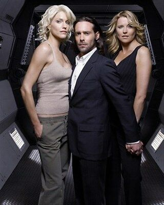 TRICIA HELFER AS NUMBER SIX, LUCY LAWLESS AS 8x10 Photo