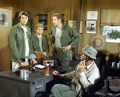 M*A*S*H TELEVISION PHOTO 8x10 Photo beautiful image 266092