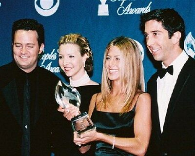 FRIENDS TELEVISION PHOTO 8x10 Photo lovely image 240863