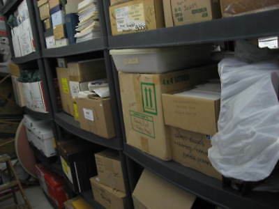 Worldwide about 1,000 stamps from warehouse mega mixture hoard of millions
