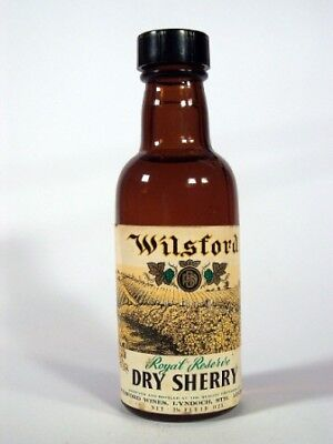 Miniature circa 1965 Wilsford Royal Reserve Dry Sherry Isle of Wine