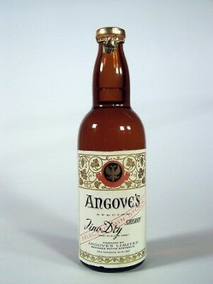 Miniature circa 1965 Angoves Fino Dry Sherry Isle of Wine