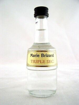 Miniature circa 1979 MARIE BRIZARD B Triple Sec Isle of Wine