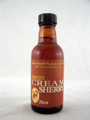 Miniature circa 1975 Woodleys Cream Sherry Isle of Wine