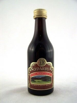 Miniature circa 1987 O'Darby Irish Cream Isle of Wine