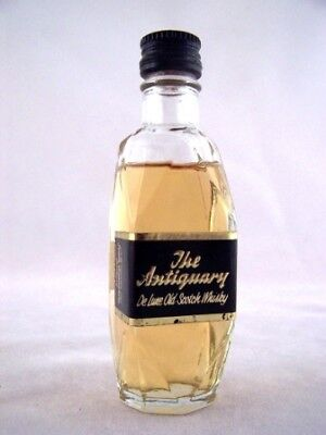 Miniature circa 1969 The Antiquary De Luxe Whisky Isle of Wine
