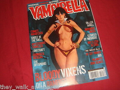 VAMPIRELLA MAGAZINE #3  Harris Publications H P Lovecraft Neil Gaiman