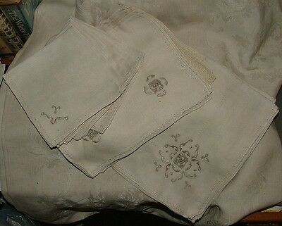Early 20th Century Linen Hand Embroidered Cutwork 6 Placemats 6 Napkins & Runner