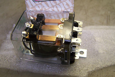 NEW POTTER AND BRUMFIELD KU93-90011-1 RELAY 208/240V COIL 11 BLADES