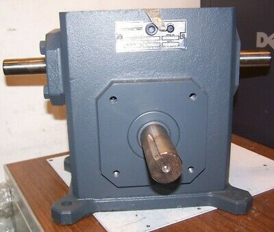 """New Sterling 7.5:1 Ratio Worm Gear Reducer 6.879 Hp 1750 Rpm 7/8"""" X 1-1/4"""" Shaft"""