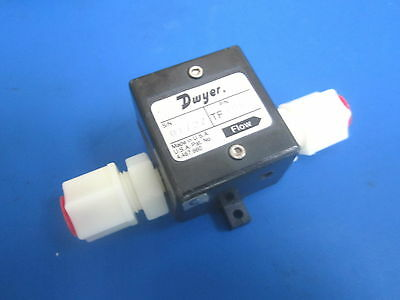 Dwyer Tf1053 Turbine Flow Sensor