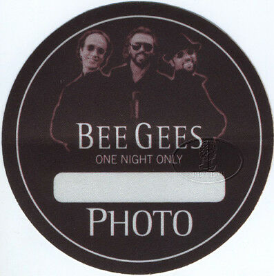 BEE GEES 1999 ONE NIGHT ONLY Backstage Pass PHOTO