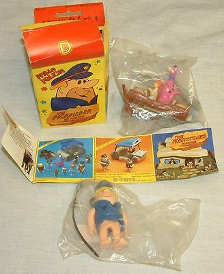 THE FLINTSTONES : BARNEY RUBBLE, WILMA FLINTSTONE & DINO SET