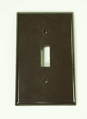 Vintage Leviton Brown Bakelite Smooth Single Switch Plate NOS New