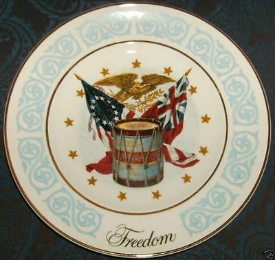 Avon FREEDOM Collector Plate 1974 Flag Eagle Drum