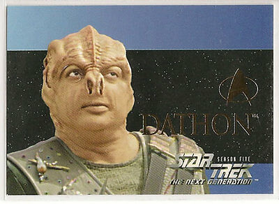 Star Trek TNG Next Generation Season 5 Embossed Chase Card S28 Dathon