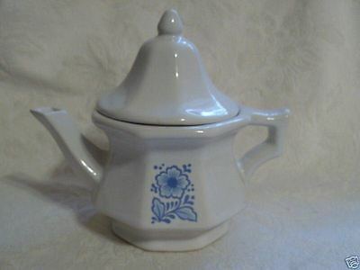 Blue & White Individual Teapot Avon Colonial Heritage