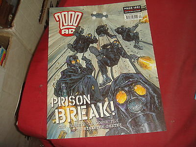 2000 A.D. Prog 1531  Weekly Comic 4  Apr 2007 - Judge Dredd
