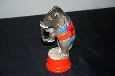 Vintage Cast Iron Elephant Circus Metal Coin Still Bank Ringling Brothers ?