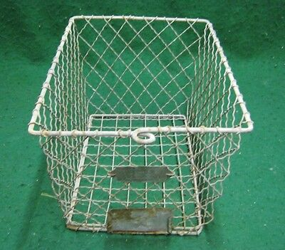 Vintage Gym Locker Wire Pool Basket Unique 13x7.5x7  #1138-12