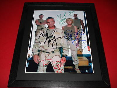 STARGATE SG1 CAST SIGNED MOUNTED & FRAMED 10X8 PP REPRO PHOTO anderson tapping