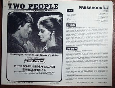TWO PEOPLE Pressbook Complete NO CUTOUTS 1973 Peter Fonda, Lindsay Wagner, Drugs