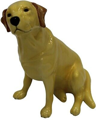 NEW: John Beswick Labrador Sitting Dog, Hand-Painted Ceramic Gift Boxed JBD53YEL