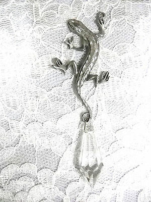 NEW HAND ENGRAVED LIZARD GECKO w XL DAZZLING DANGLING CRYSTAL PENDANT NECKLACE