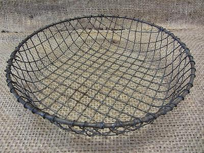 Vintage Metal Wire Basket > Antique Old Garden Kitchen Baskets Boxes Barrel 7761